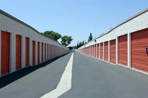 Image of Public Storage - Irvine - 13241 Jeffrey Road Facility on 13241 Jeffrey Road  in Irvine, CA - View 2