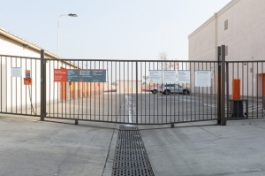 Public Storage - Long Beach - 4140 Cherry Ave - Photo 4