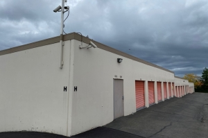 Image of Public Storage - Kent - 23439 Pacific Hwy S Facility on 23439 Pacific Hwy S  in Kent, WA - View 4