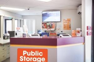 Image of Public Storage - Oakland - 680 Hegenberger Road Facility on 680 Hegenberger Road  in Oakland, CA - View 3