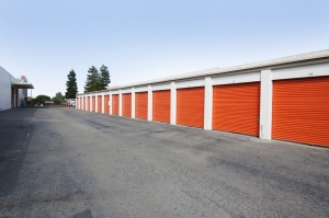 Public Storage - Burlingame - 1811 Adrian Road - Photo 2