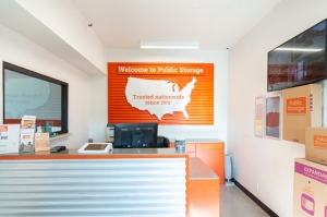 Image of Public Storage - Sunnyvale - 317 E Weddell Drive Facility on 317 E Weddell Drive  in Sunnyvale, CA - View 3