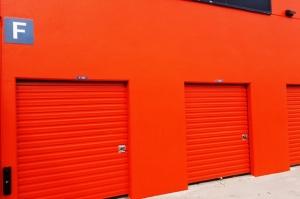 Image of Public Storage - Calabasas - 23811 Ventura Blvd Facility on 23811 Ventura Blvd  in Calabasas, CA - View 2
