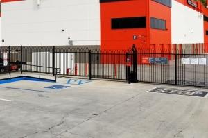 Image of Public Storage - Calabasas - 23811 Ventura Blvd Facility on 23811 Ventura Blvd  in Calabasas, CA - View 4