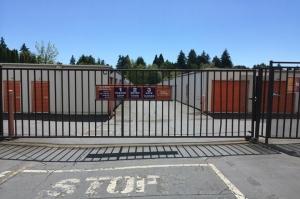 Image of Public Storage - Milwaukie - 17501 SE McLoughlin Blvd Facility on 17501 SE McLoughlin Blvd  in Milwaukie, OR - View 4
