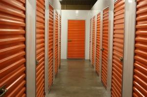 Image of Public Storage - Milwaukie - 17501 SE McLoughlin Blvd Facility on 17501 SE McLoughlin Blvd  in Milwaukie, OR - View 2