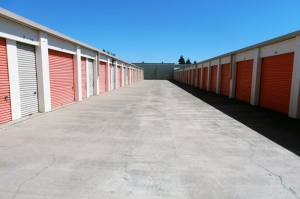 Public Storage - Pleasanton - 3716 Stanley Blvd - Photo 2