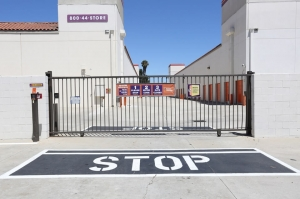 Public Storage - Stanton - 10792 Knott Ave - Photo 4