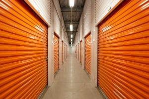 Public Storage - Laguna Woods - 23572 Moulton Parkway - Photo 2