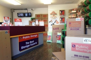 Public Storage - Vancouver - 9421 NE Fourth Plain Rd - Photo 3