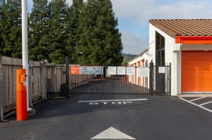 Image of Public Storage - Saratoga - 12299 Saratoga Sunnyvale Rd Facility on 12299 Saratoga Sunnyvale Rd  in Saratoga, CA - View 4