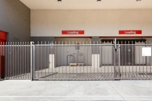 Public Storage - Los Angeles - 3773 S Durango Ave - Photo 4