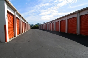 Public Storage - Belmont - 333 ONeill Ave - Photo 2