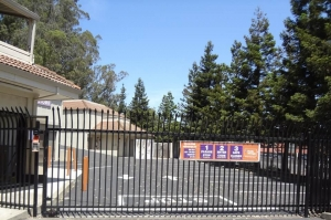 Public Storage - Mill Valley - 817 Redwood Hwy Frontage Rd - Photo 4