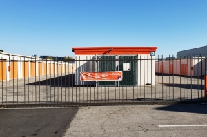 Public Storage - San Carlos - 145 Shoreway Road - Photo 4