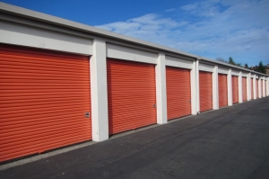 Image of Public Storage - Kent - 25700 Pacific Highway S Facility on 25700 Pacific Highway S  in Kent, WA - View 2