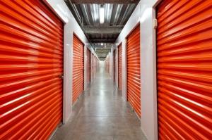 Image of Public Storage - Honolulu - 1067 Kapiolani Blvd Facility on 1067 Kapiolani Blvd  in Honolulu, HI - View 2