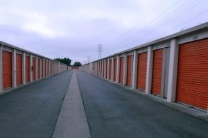 Public Storage - San Leandro - 2011 Marina Blvd - Photo 2