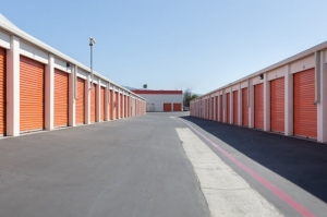 Public Storage - Campbell - 175 S Curtner Ave - Photo 2