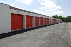 Image of Public Storage - Thornton - 7333 York Street Facility on 7333 York Street  in Thornton, CO - View 2