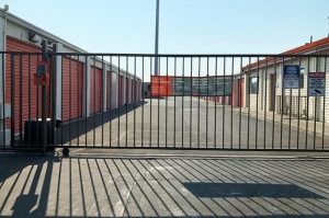 Public Storage - Modesto - 2012 West Briggsmore Ave - Photo 4