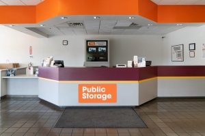 Image of Public Storage - Tucson - 7825 E Speedway Blvd Facility on 7825 E Speedway Blvd  in Tucson, AZ - View 3