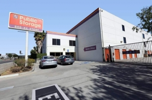 Image of Public Storage - Los Angeles - 6202 Willoughby Ave Facility at 6202 Willoughby Ave  Los Angeles, CA
