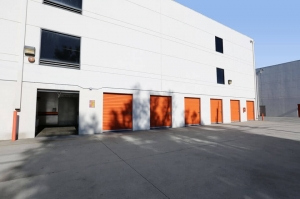 Image of Public Storage - Los Angeles - 6202 Willoughby Ave Facility on 6202 Willoughby Ave  in Los Angeles, CA - View 2