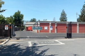 Public Storage - Petaluma - 900 Transport Way - Photo 1