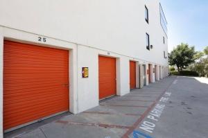 Public Storage - Los Angeles - 1712 Glendale Blvd - Photo 2