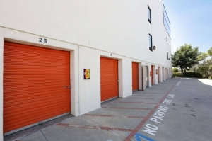 Picture of Public Storage - Los Angeles - 1712 Glendale Blvd