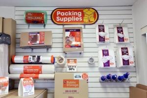 Image of Public Storage - Sun Valley - 9036 Glenoaks Blvd Facility on 9036 Glenoaks Blvd  in Sun Valley, CA - View 3