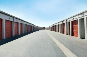 Public Storage - Sun Valley - 11838 Sheldon Street - Photo 2