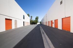 Image of Public Storage - Los Angeles - 3017 N San Fernando Rd Facility on 3017 N San Fernando Rd  in Los Angeles, CA - View 2