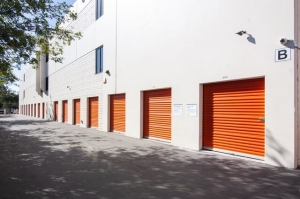 Public Storage - Glendale - 4820 San Fernando Rd - Photo 2