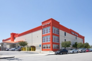 Image of Public Storage - North Hollywood - 12510 Raymer Street Facility at 12510 Raymer Street  North Hollywood, CA