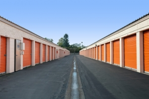 Public Storage - Costa Mesa - 2065 Placentia Ave - Photo 2
