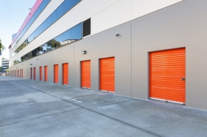 Image of Public Storage - Los Angeles - 6701 S Sepulveda Blvd Facility on 6701 S Sepulveda Blvd  in Los Angeles, CA - View 2