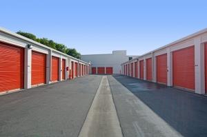 Image of Public Storage - Costa Mesa - 1604 Newport Blvd Facility on 1604 Newport Blvd  in Costa Mesa, CA - View 2