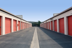 Public Storage - Anaheim - 4880 E La Palma Ave - Photo 2