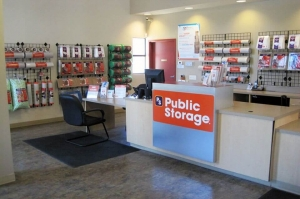 Image of Public Storage - Palm Desert - 72150 Fred Waring Drive Facility on 72150 Fred Waring Drive  in Palm Desert, CA - View 3