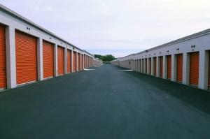 Image of Public Storage - Livermore - 836 E Airway Blvd Facility on 836 E Airway Blvd  in Livermore, CA - View 2