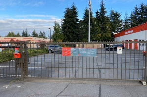 Image of Public Storage - Seattle - 11512 Aurora Ave N Facility on 11512 Aurora Ave N  in Seattle, WA - View 4