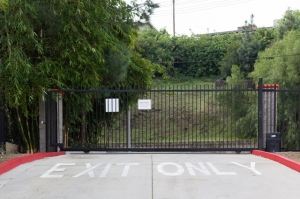 Image of Public Storage - Woodland Hills - 22222 Ventura Blvd Facility on 22222 Ventura Blvd  in Woodland Hills, CA - View 4