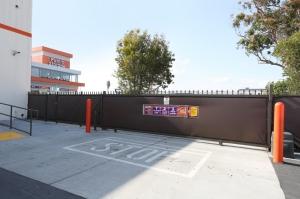 Image of Public Storage - Hawthorne - 4880 W Rosecrans Ave Facility on 4880 W Rosecrans Ave  in Hawthorne, CA - View 4