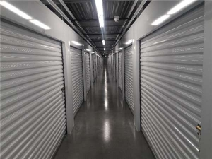 Image of Extra Space Storage - St Petersburg - 7th Ave N Facility on 1650 7th Avenue North  in St. Petersburg, FL - View 3