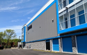 Image of Columbia Self Storage - Clifton Facility on 10 Kingsland Road  in Clifton, NJ - View 4