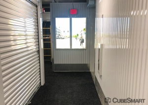 CubeSmart Self Storage - Indianapolis North Illinois Street - Photo 5