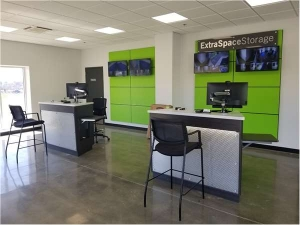 Extra Space Storage - St Louis - Page Service Dr - Photo 4