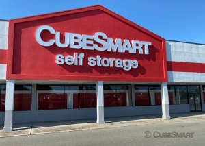 Image of CubeSmart Self Storage - FL Bradenton Cortez Road West Facility at 2300 Cortez Road West  Bradenton, FL